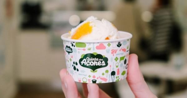 Em cone ou em copo, todos os gelados que aqui se servem vêm dos Açores