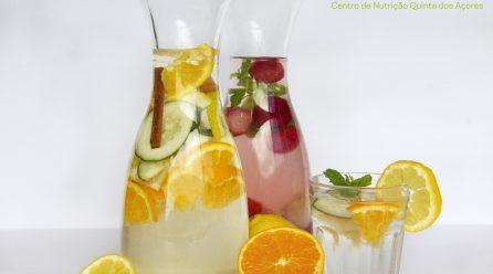 Águas aromatizadas – Uma opção refrescante para o Verão!