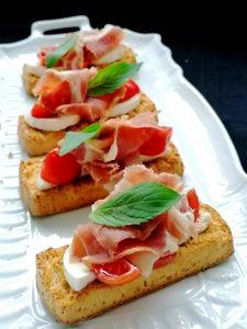 Bruchetta de presunto com queijo fresco dos Açores