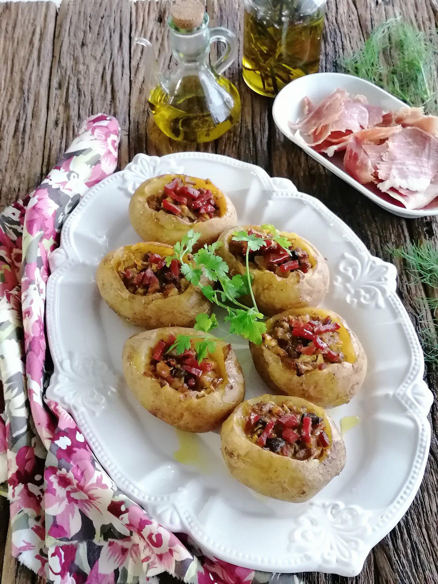 Batatas Recheadas com Cogumelos, Bacon e Requeijão Quinta dos Açores