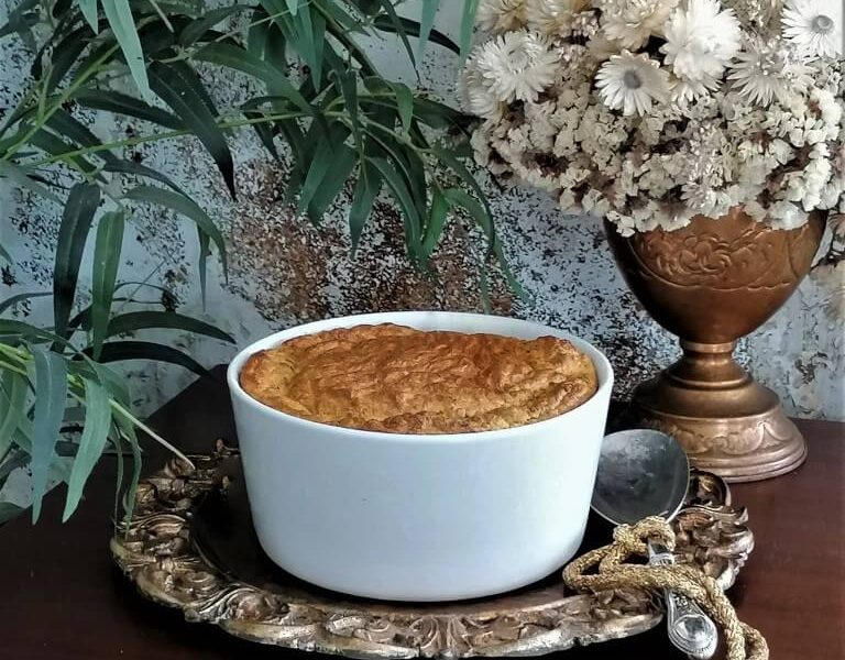 Soufflé de bacalhau com tomate seco, queijo ilha e manteiga Quinta dos Açores